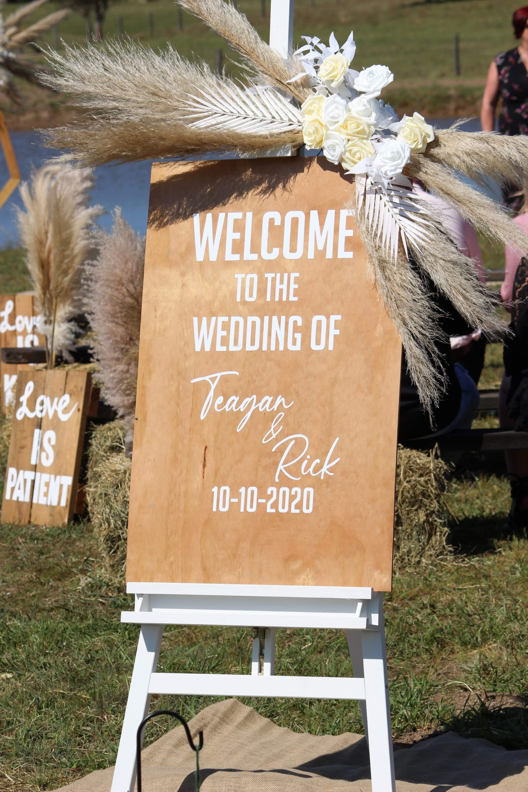 We can help you with getting event signage setup!
